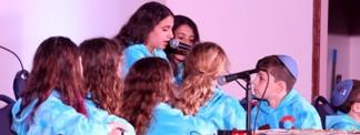 Hebrew-School Kids From 93 Cities Worldwide Joyfully Compete in Torah-Study Finals
