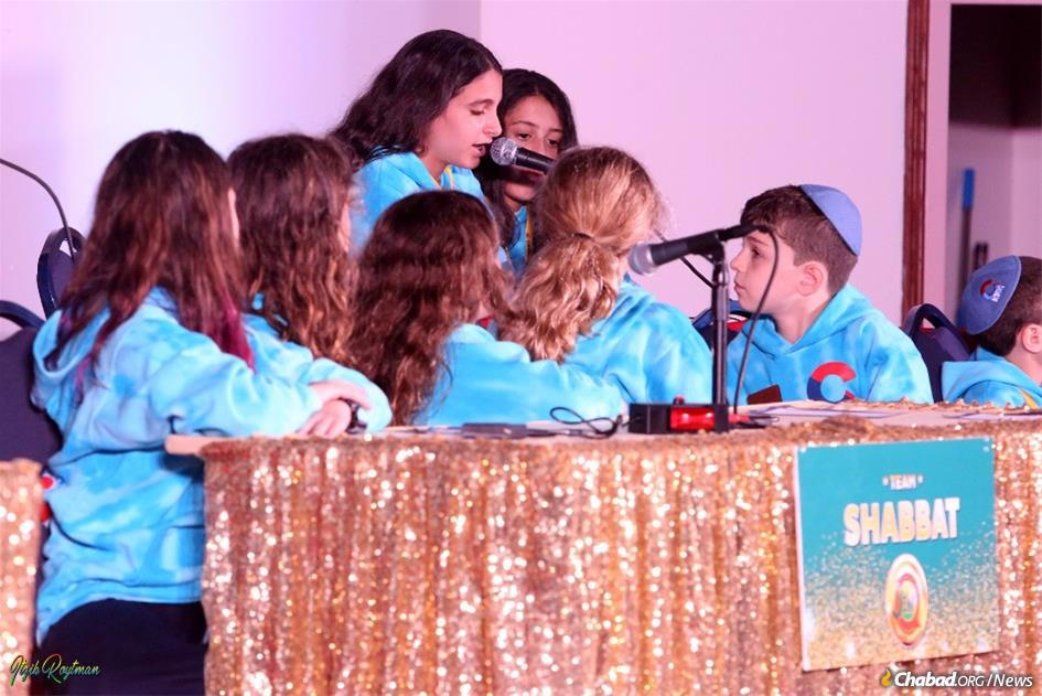 Seventy JewQ champions from 93 cities across the world gathered onstage in Bushkill, Pa., on Sunday to compete in a fun-filled championship that was broadcast around the world. (Photo: Itzik Roitman/CKids)