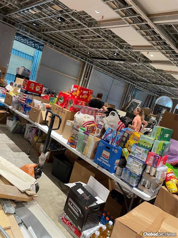 Everything from food to mattresses has been donated and displayed at the sprawling Shul of Bal Harbour to help families in need at this time.