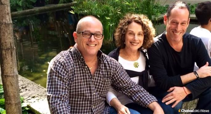 Nancy Kress Levin with her sons, Jay and Frank Kleiman.