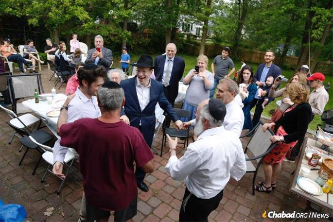 """""""We'd never celebrated a pidyon haben in our community,"""" Goldenberg tells Chabad.org. In fact, according to Young Israel's president, Charles Miller, this would be the first in the synagogue's half-century history."""