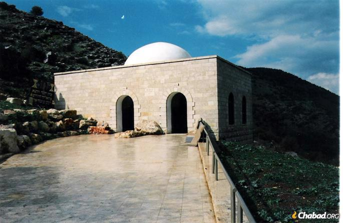The resting place of R. Yonatan ben Uziel in Amuka was identified by the ARI (credit: Michael Jacobson).