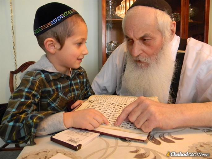 Learning with great grandson Tzvi Moscowitz.