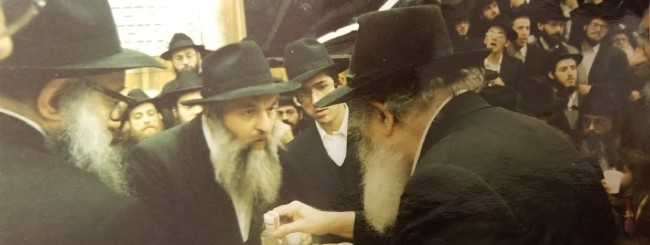 July 2021: Rabbi Mendel Aronow, 93, Authentic Chassid Who Illustrated 'Fear of Heaven'