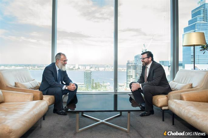 Solomon with Chief Justice Peter Quinlan (Photo: Donnay Zulberg Photography - Perth, Australia)