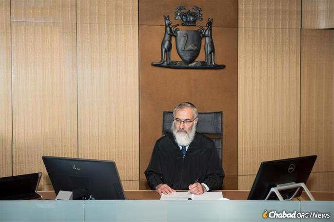 """""""Everyone thinks of Jewish law as being a very hard and fast application. But actually, it's much more concerned with human harmony and reconciliation,"""" says Solomon. (Photo: Donnay Zulberg Photography - Perth, Australia)"""