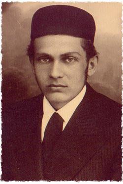 Dovid Henoch Zaklikowski, the author's namesake, in his youth.