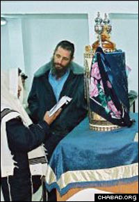 Rabbi Fishel Jacobs in the Ramla Prison where he used to serve as chaplain
