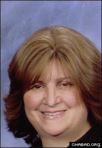 Mrs. Vivi Deren