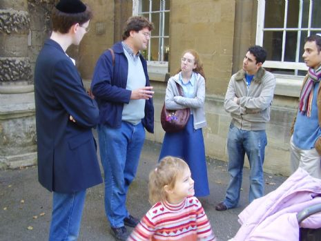 Jewish Tour of Oxford 2005 001.jpg