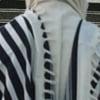 ¿Cuál es el significado del número de pliegues en los Tzitzit?