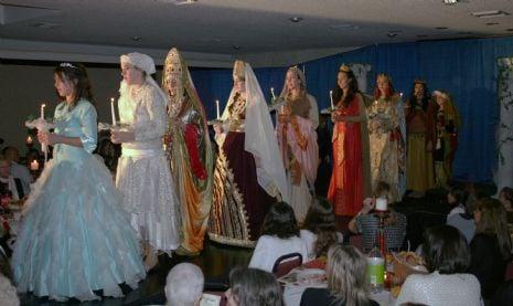 Jewish Heroine Fashion Show
