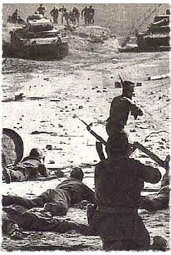 Soldados rusos luchando contra los alemanes durante la Segunda Guerra mundial.