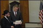 Kansas Gov. Mark Parkinson Welcomes Chanukah Delegation