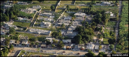 A U.S. Coast Guard C-130 Hercules transport plane conducted an aerial assessment of the destruction in Port au Prince, Haiti, on Wednesday. (Photo: USGS/P.Ofc. 2nd Class Sondra-Kay Kneen)