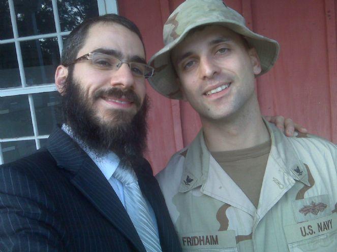 Aviel before leaving to Afghanistan 1-12-10.JPG