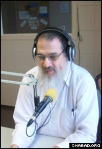Detroit's Rabbi Hershel Finman has been hosting a radio show for 15 years.