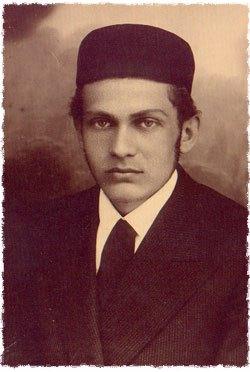 Dovid Henoch Zaklikowski in his youth in Poland.