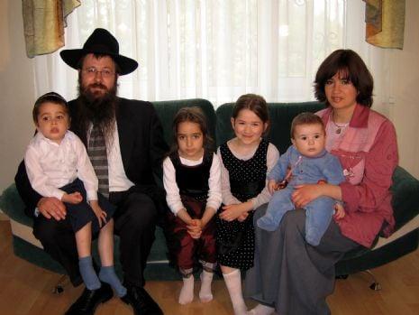 kr rog rabi family.jpg