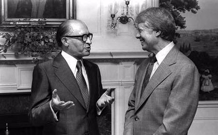 Prime Minister Begin and President Carter meet in the White House. (Photo: Ya'acov Sa'ar/Israel National Photos)