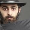 ¿Por qué usan saco y sombrero negro?