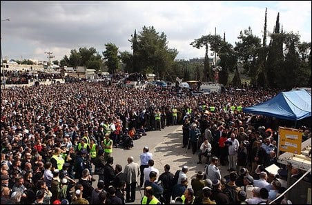 The funeral. (Meir Alfasi)