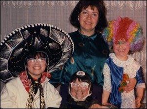 משפחת ליין בפורים 1988