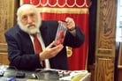 Chasidic Scientist, Solar Energy Pioneer, Passes Away