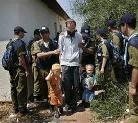 Jews being forcibly removed from their homes in Gush Katif, August 17, 2005