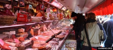 Non-kosher meat on sale at a market in Brussels. (Photo: Magnus Franklin)