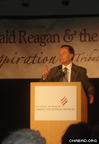 Reagan aide Gary Bauer speaks at a Philadelphia event commemorating the 17th anniversary of the Rebbe's passing.