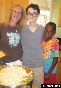 Preparing kosher food has become a community affair at the Aishel House.