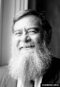 Professor Velvl Greene (Photo: Lubavitch Archives)