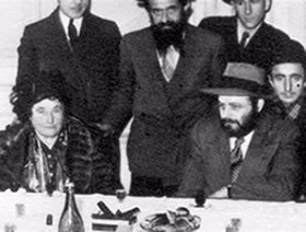 The Rebbe with his Mother (Paris, 1947)