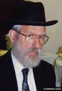 Rabbi Hecht in his later years Photo: Lubavitch Archives
