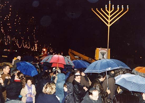 Boulogne, France - Publicizing the Chanukah Miracle