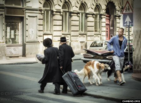 Jewish men on the streets of Budapest (Photo: Clifford Lester)