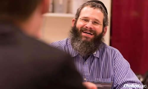"""Chabad Rabbi Yerachmiel Gorelik was one of six professors who received the """"Best Teacher Award"""" by the Colorado State University Alumni Association. (Photo: Colorado State University Alumni Association)"""
