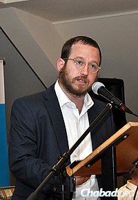 Rabbi Mendel Kalmenson, a Chabad emissary in London, delivered the keynote address.