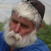 ובשנה השביעית, זאב ישבות: סיפורו של החקלאי מכפר גדעון