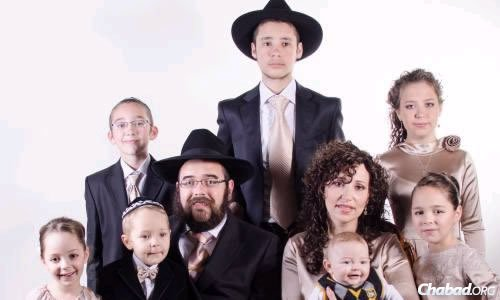 Chabad emissaries in Lugansk Rabbi Shalom and Chana Gopin at their son's recent bar mitzvah.