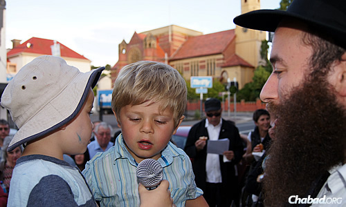 Rabbi Yochanan Gordon, co-director of Chabad of Tasmania, notes that the electric-menorah lighting takes place when it's still daytime since dusk doesn't arrive in summer until 9 p.m. or later.