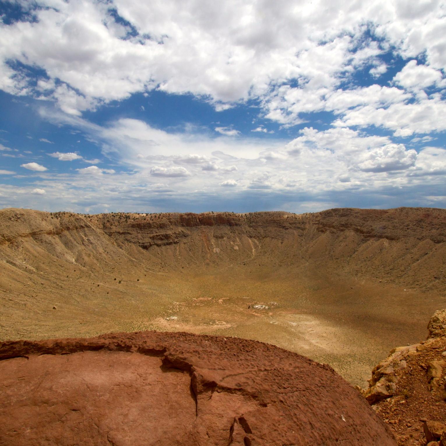 Mteor_Crater_Under_a_Big_Sky.jpg