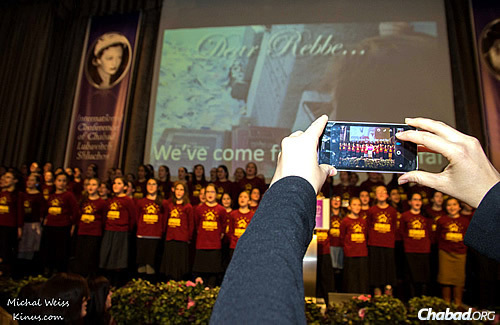 The daughters of shluchos, who attended the conference as part of a program of their own, entertained the gathering. (Photo: Michal Weiss/kinus.com)