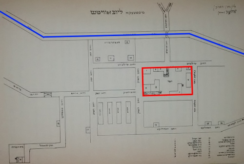 In this old map of the village of Lubavitch (by Rabbi Zalman Shimon Dvorkin and Hendel Lieberman), the river (in blue) and the yeshivah (in red) are seen to be quite close to each other.