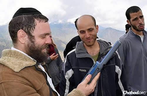 (Photos: Chabad.org/Nepal)