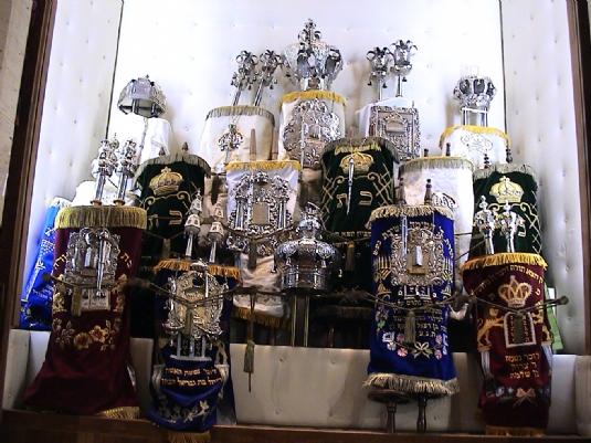 Torahs in ark.JPG