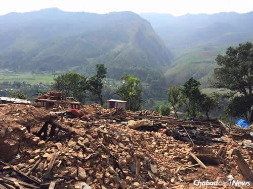 The devastation in many parts of Nepal is simply unimaginable. (Photo: Chabad of Nepal)