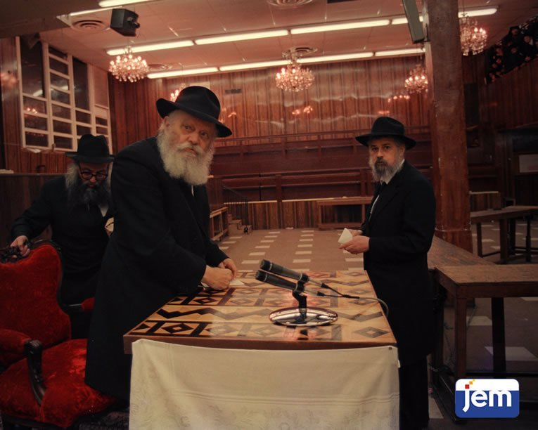 With the Rebbe after a public audience on 26 Tishrei, 5748.