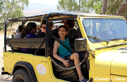 Noah Goldberg on a Jeep tour